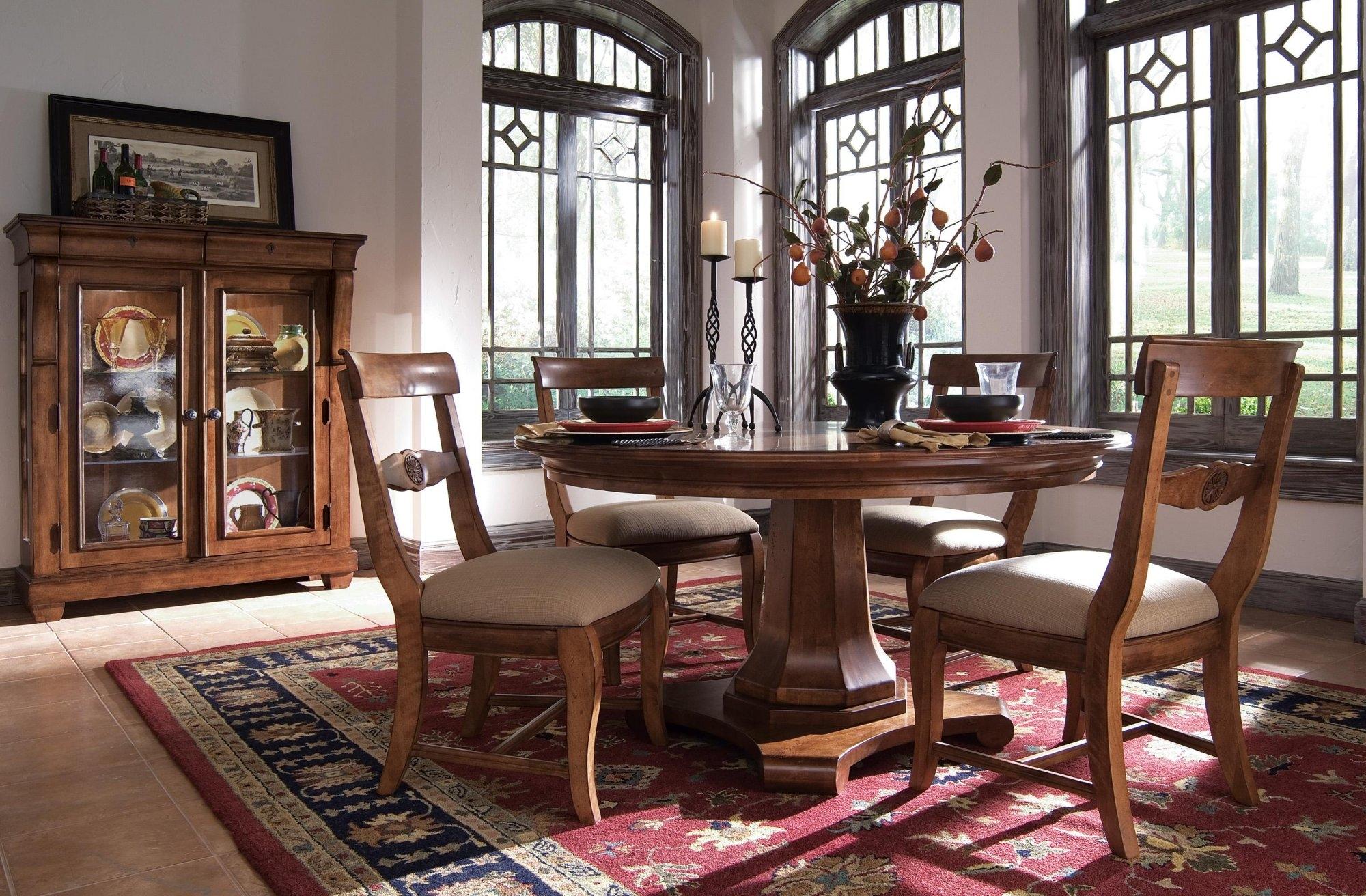 Tuscano Dining By Kincaid