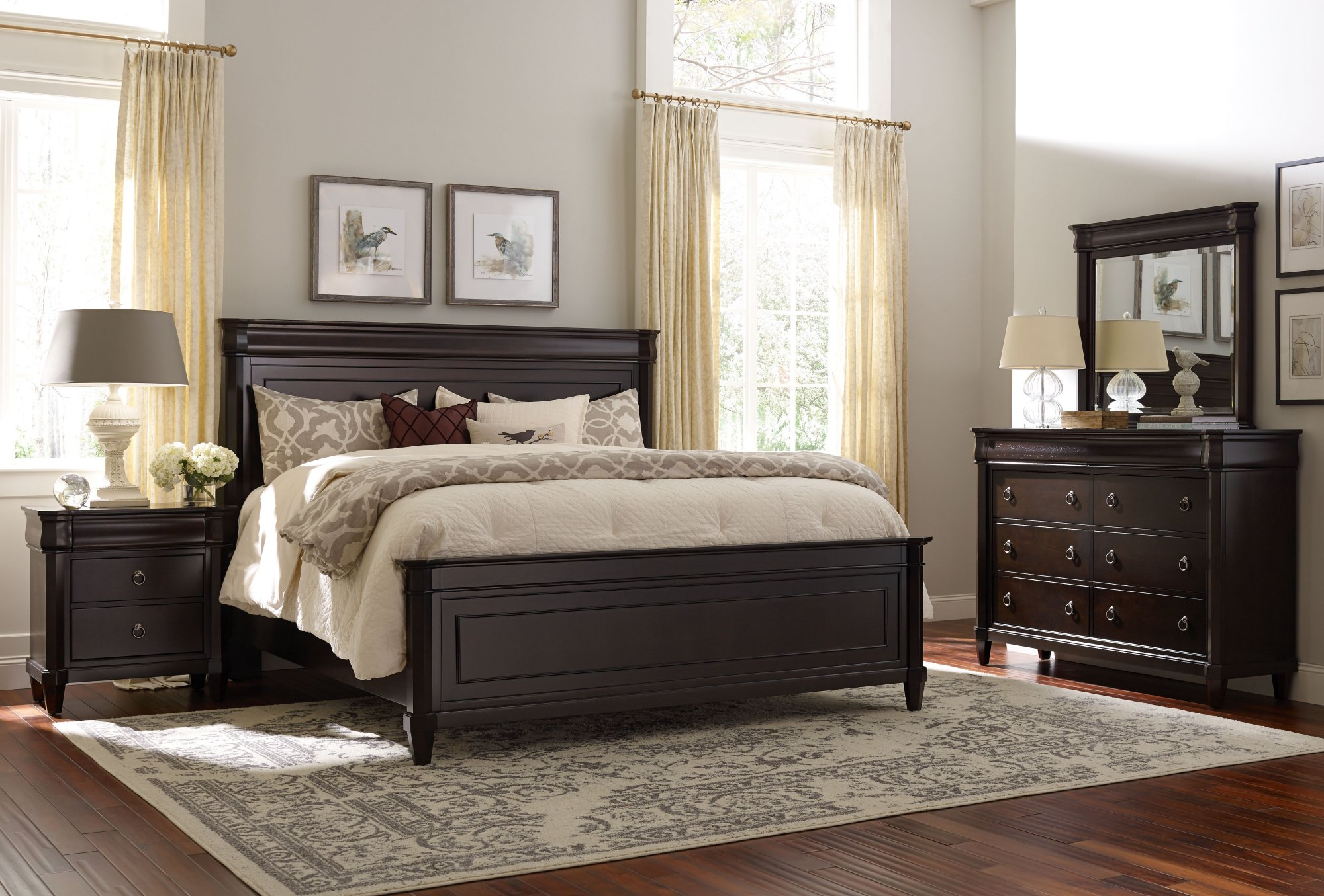 Broyhill Aryell Bedroom Collection