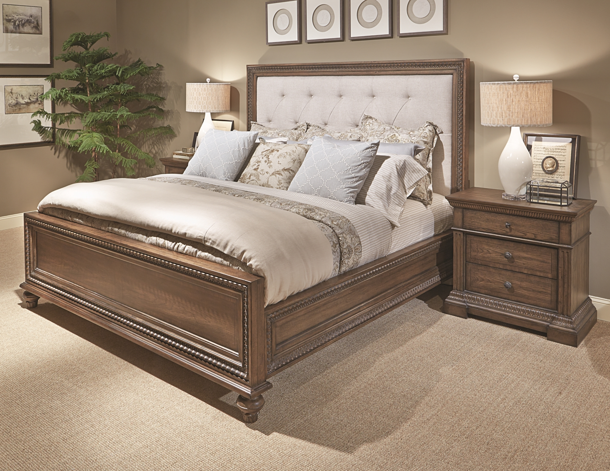 Legacy Classic Renaissance Bedroom Collection