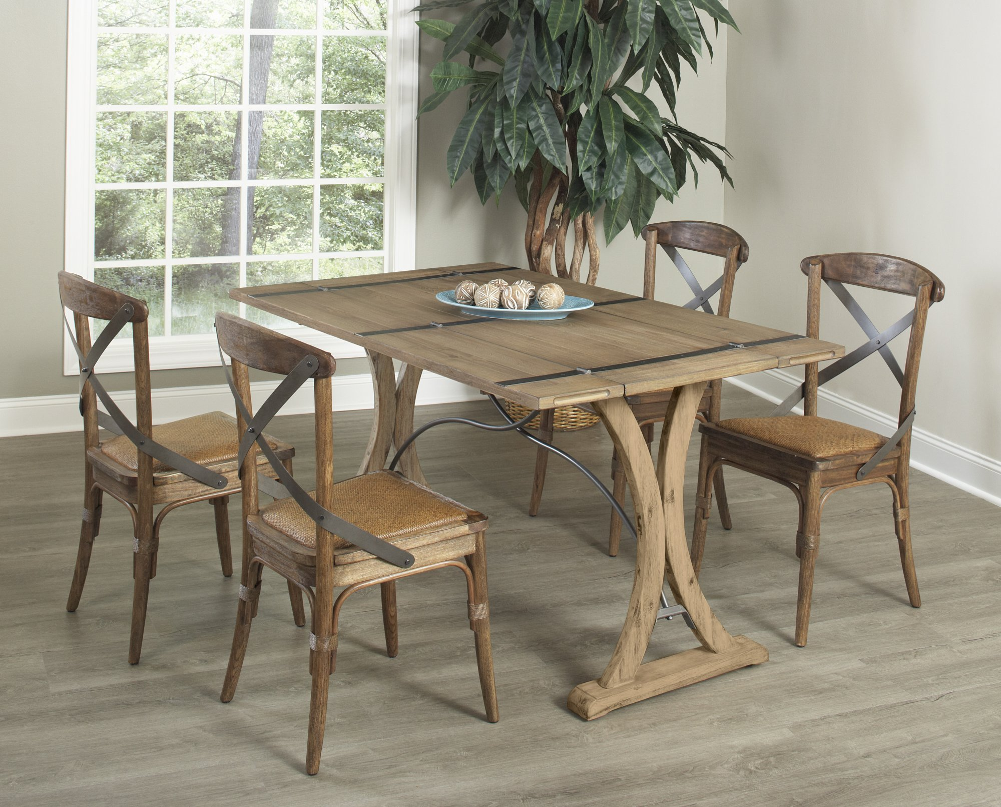 Largo Sonoma Casual Dining Collection