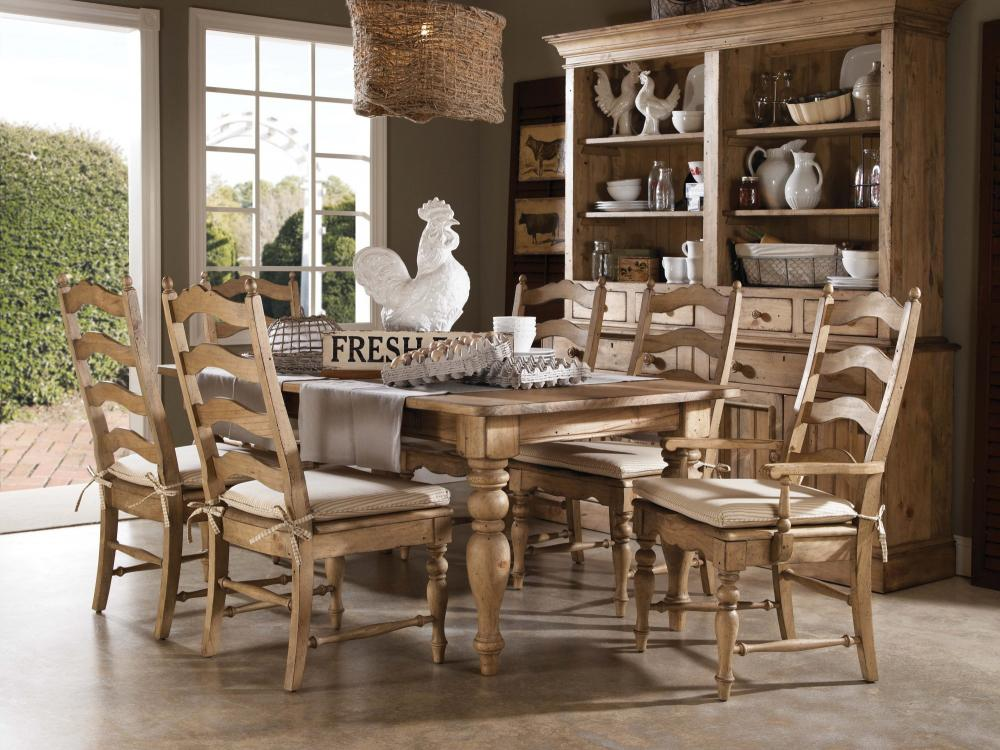Homecoming-Vintage Pine Dining