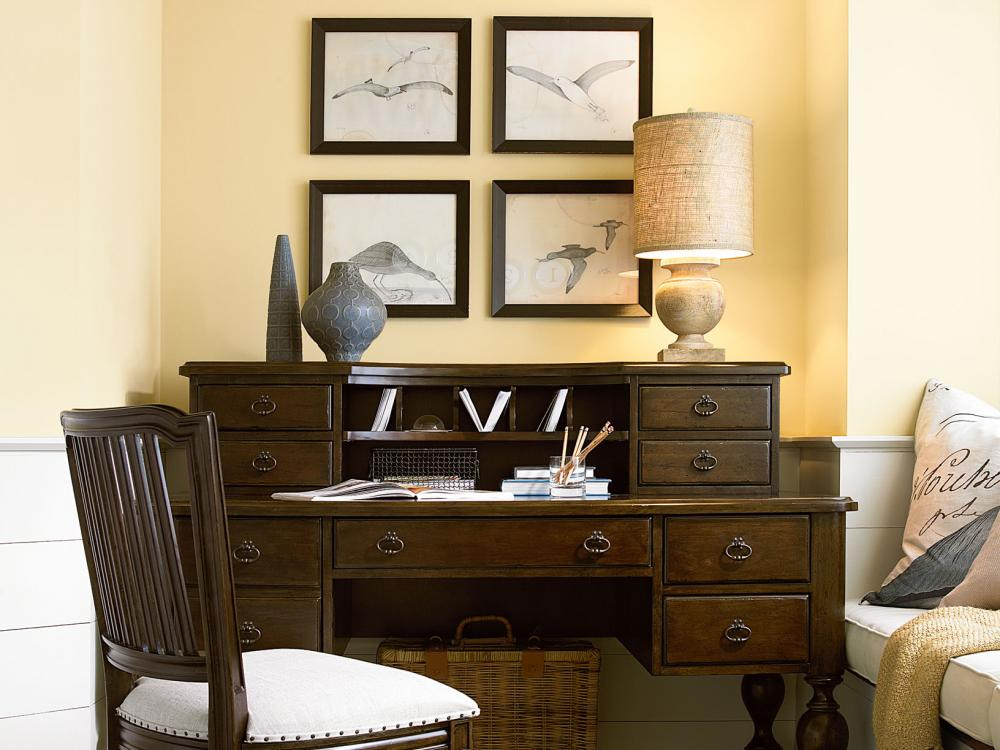 Paula Deen River House-River Bank Home Office