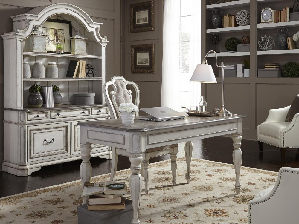 Magnolia Manor Home Office