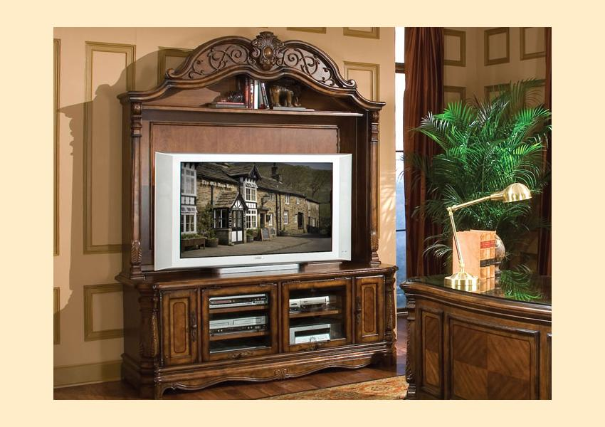 Windsor Court Entertainment Wall Image 1