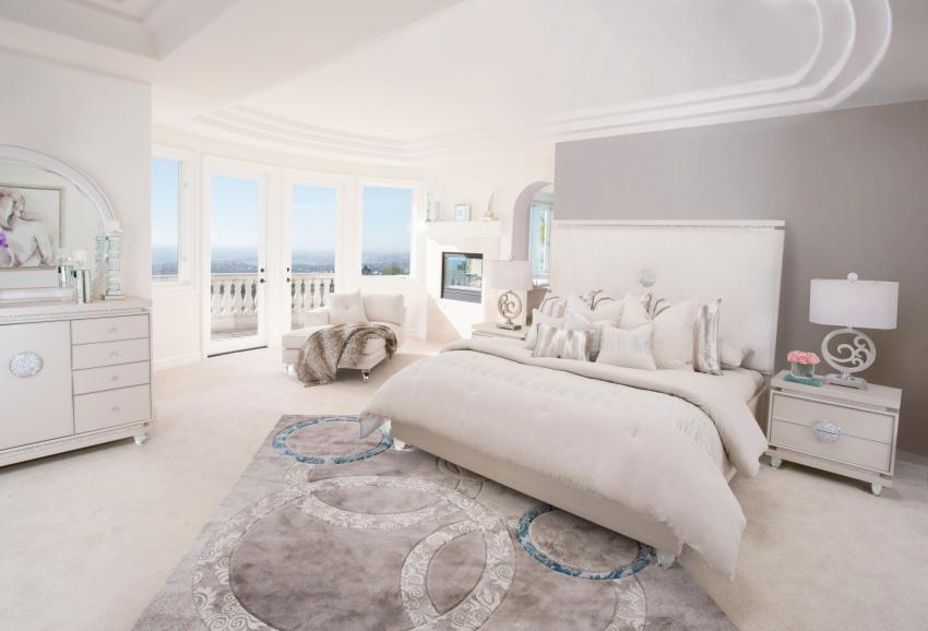 Glimmering Heights Bedroom Image 1