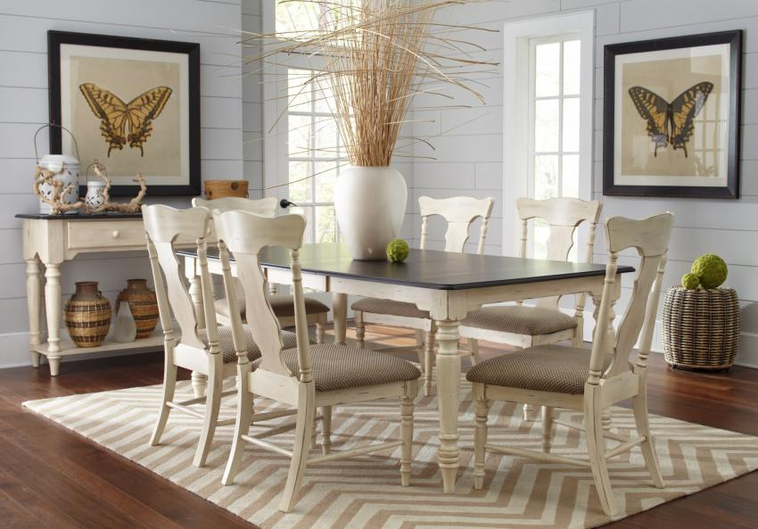 Bristol Cottage-Casual Dining Image 2
