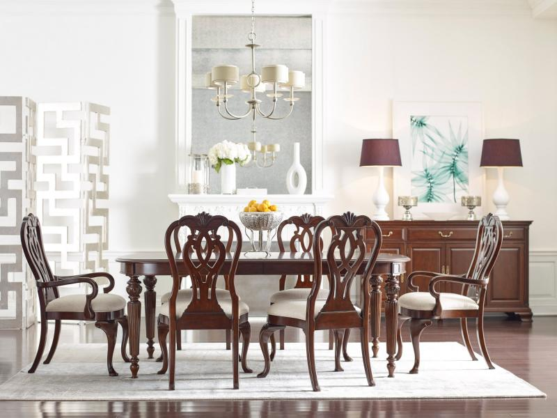 Kincaid Hadleigh Dining Collection