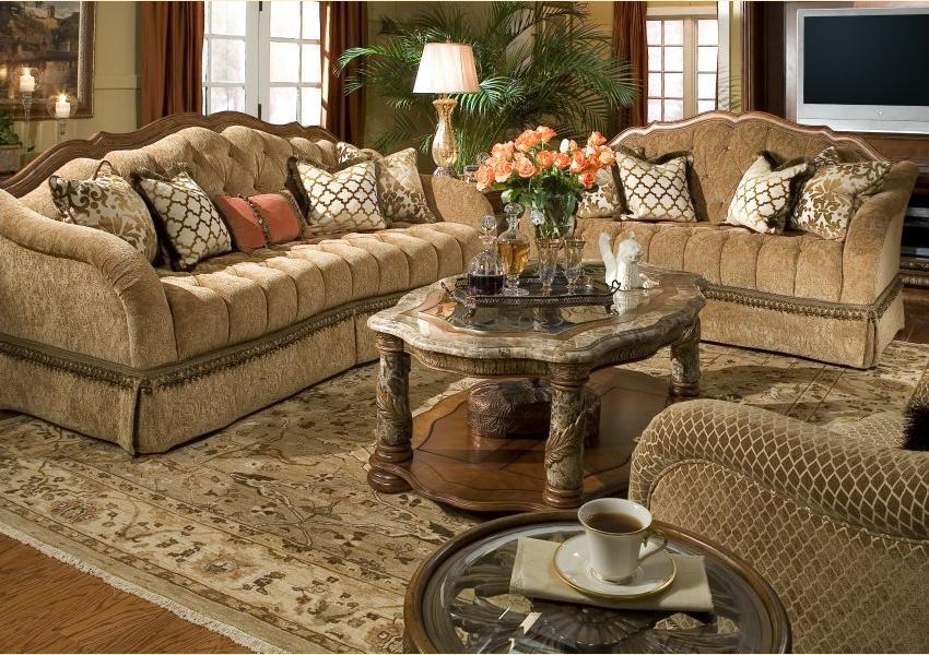 Villa Valencia Upholstery Image 1