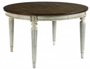"Round Dining Table w/ 2 20"" Leaves"