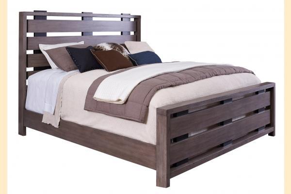 Broyhill Moreland Ave Cal-King Slat Bed