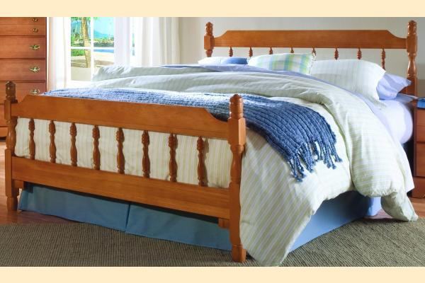 Carolina Furniture Common Sense Maple Queen Spindle Bed