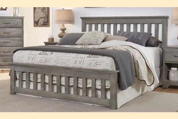 Carolina Furniture Vintage Series Queen Slat Bed