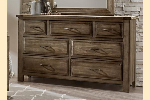 VB Artisan & Post  Maple Road-Maple Syrup Triple Dresser