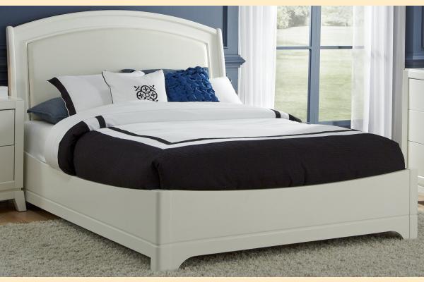 Liberty Avalon II King Platform Leather Bed