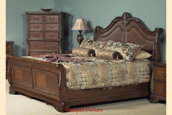 Liberty Highland Court Queen Sleigh Bed