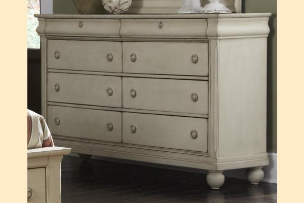 Liberty Rustic Traditions II 8 Drawer Dresser