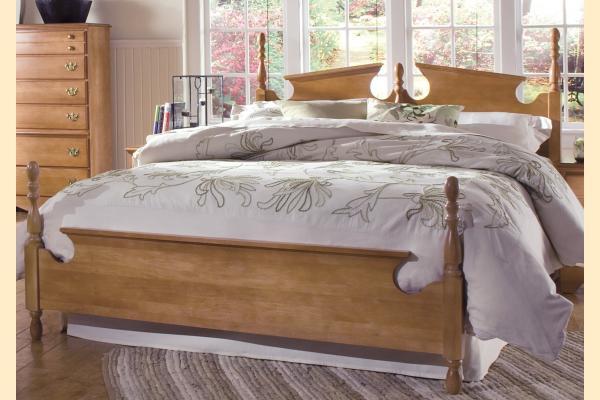 Carolina Furniture Common Sense Maple Queen Panel Bed