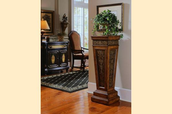 Pulaski Accents DS-585203 Pedestal