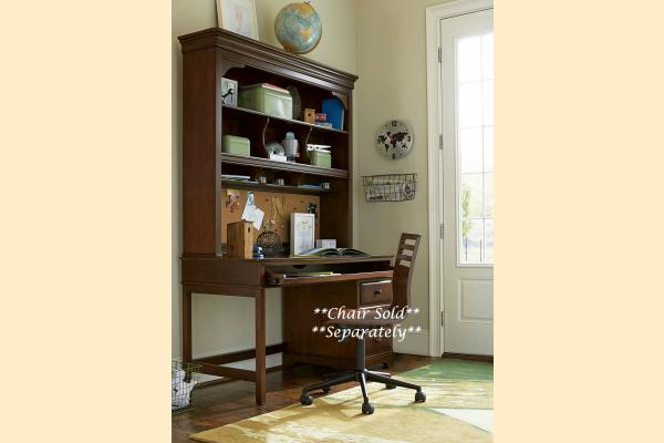 SmartStuff SmartStuff Classic 4.0 Classic Cherry Desk With Hutch