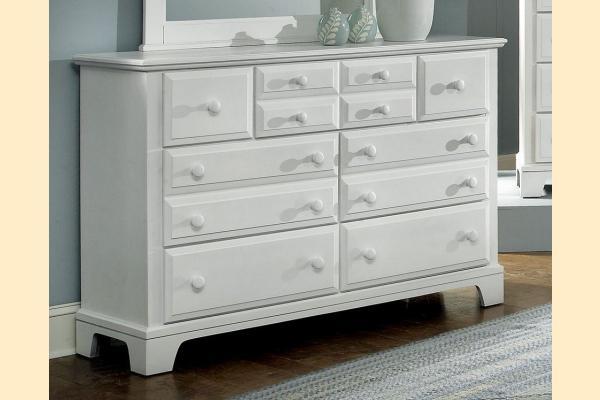 Vaughan Bassett Franklin-Snow White Triple Dresser